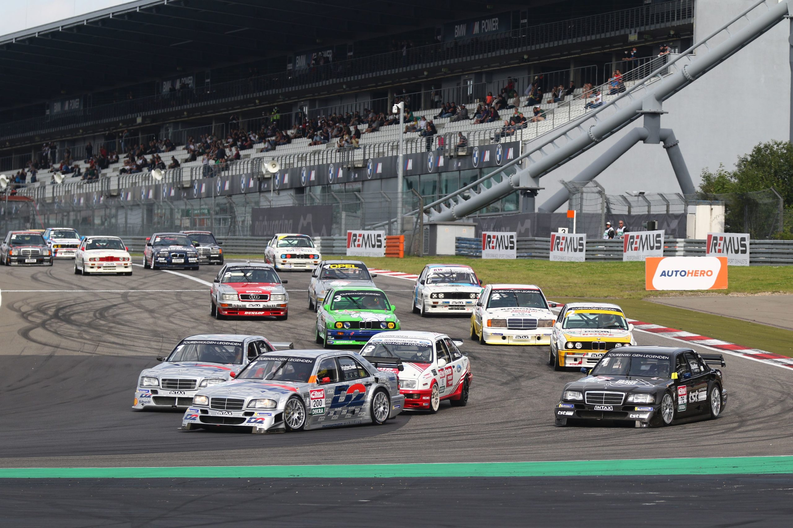 DTM Classic, Nürburgring: Rennerfolge und Wetterkapriolen auf dem Eifelkurs, DTM-Legende Klaus Ludwig schlägt erneut zu.