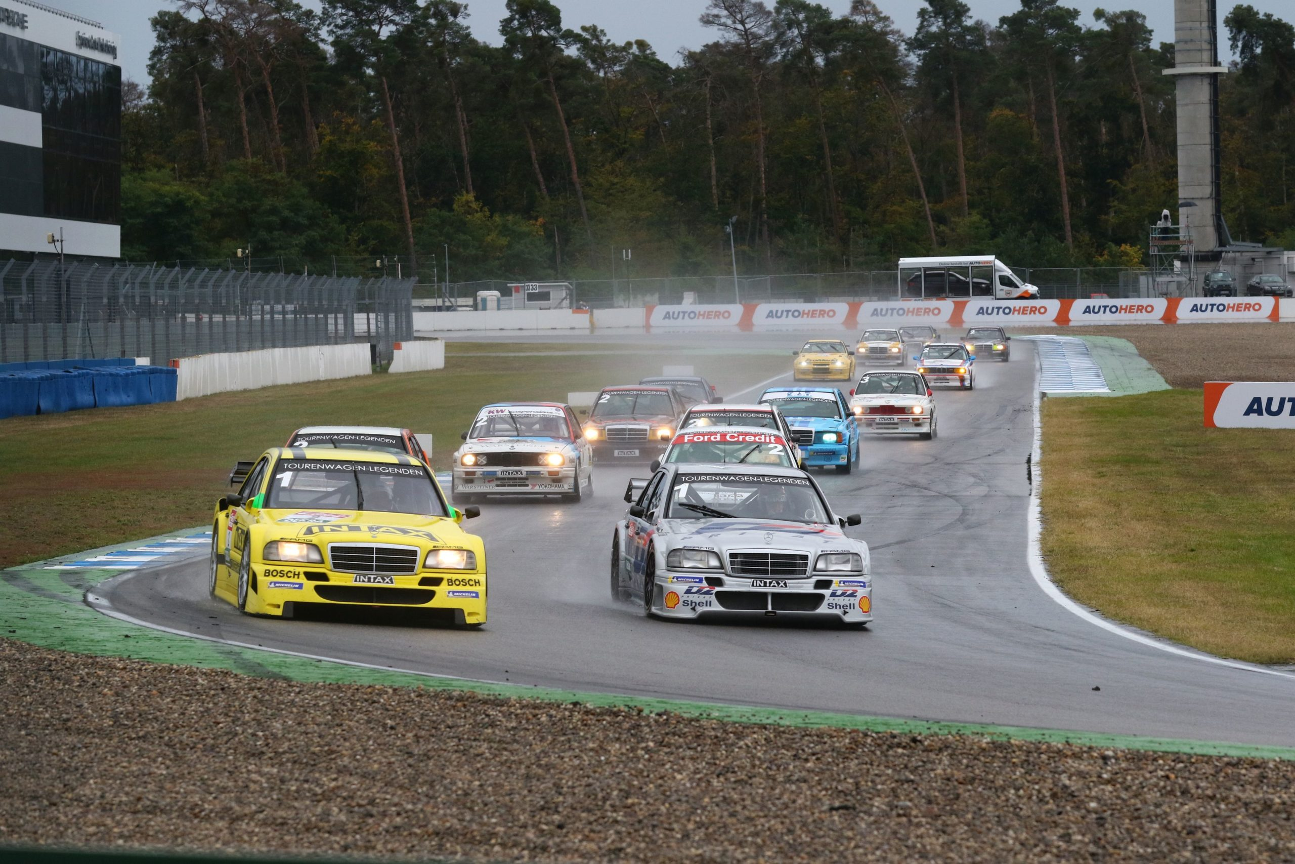 DTM-Classic-tst-sport-und-technik-Mercedes-Benz-Guido-Momm-2129733